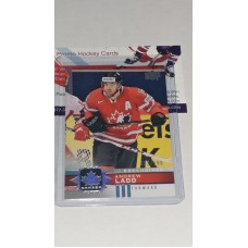12 Andrew Ladd UD Exclusives Silver #/100 2017-18 Canadian Tire Upper Deck Team Canada